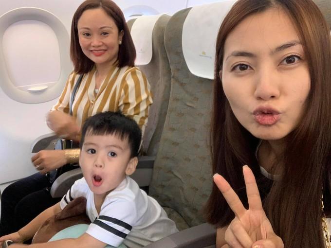 <p> Ngọc Lan đưa con trai đi du lịch ngay buổi sáng đầu tiên của kỳ nghỉ lễ.</p>