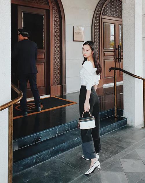 Jun Vũ nghỉ tại một khách sạn sang chảnh trong chuyến đi đến Bangkok dịp nghỉ lễ.