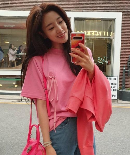 Instagram sao Hàn 30/4 - page 2