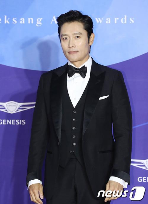 Lee Byung Hyun luôn là ngôi sao xuất hiện ở phần cuối, khẳng định danh tiếng hàng đầu trong làng giải trí Hàn.