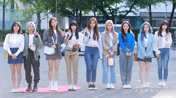 Twice đang trong thời gian quảng bá ca khúc Fancy của mini-album Fancy You.