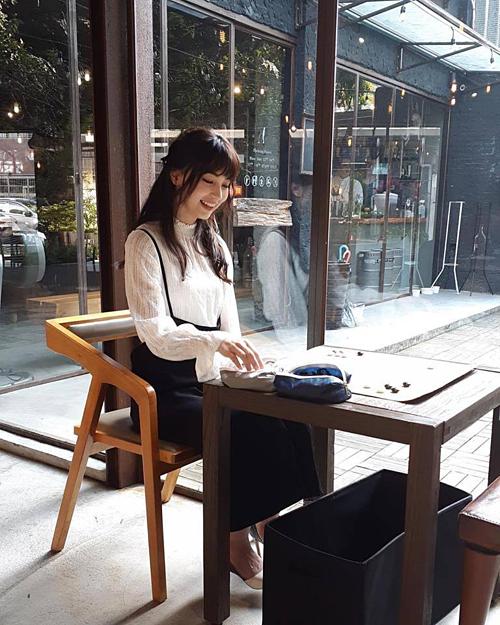 Nhờ vẻ ngoài ưa nhìn, năm 2016 Joanne Missingham đã ký hợp đồng với một công ty ở Đài Loan (Trung Quốc) để tham gia các show truyền hình. Cô còn trở thành gương mặt đại diện cho nhiều thương hiệu, sự kiện thời trang.