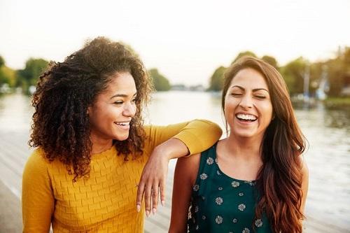 8 cặp hoàng đạo chứng minh tình bạn đôi khi còn lãng mạn hơn cả tình yêu (P.1) - 2