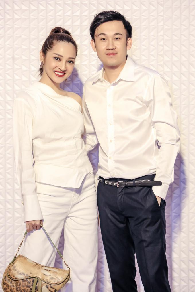 <p> Bảo Anh dự sự kiện cùng người anh thân thiết Dương Triệu Vũ.</p>