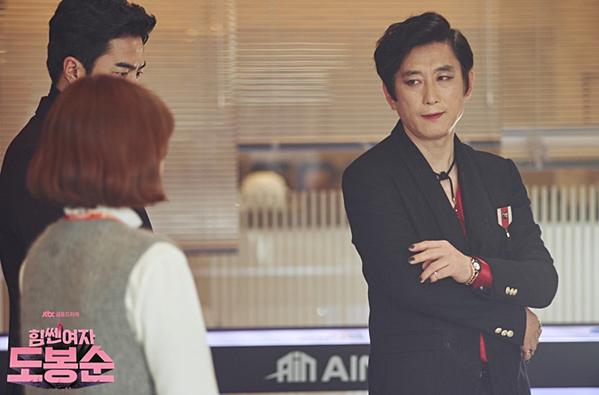 Điểm danh 9 gương mặt gạo cội phim nào cũng thấy trên màn ảnh Hàn - 8