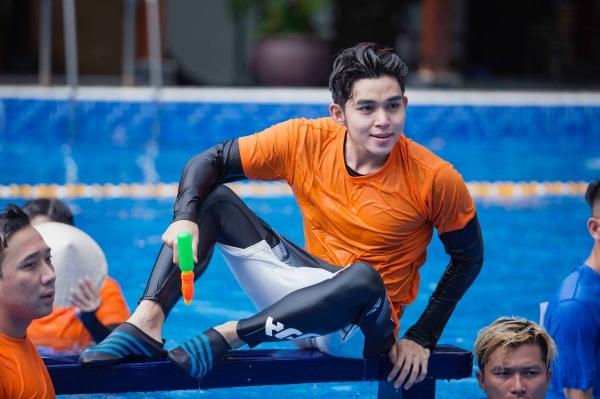 Jun Phạm ở các thử thách dưới nước của Running Man Việt Nam.