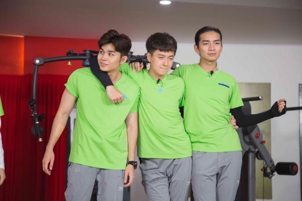 Jun và Ngô Kiến Huy là cặp đôi ăn hại của chương trình.