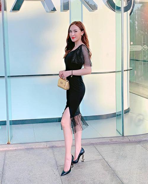 Street style mát mẻ đậm chất hè của sao Việt tuần qua - page 2