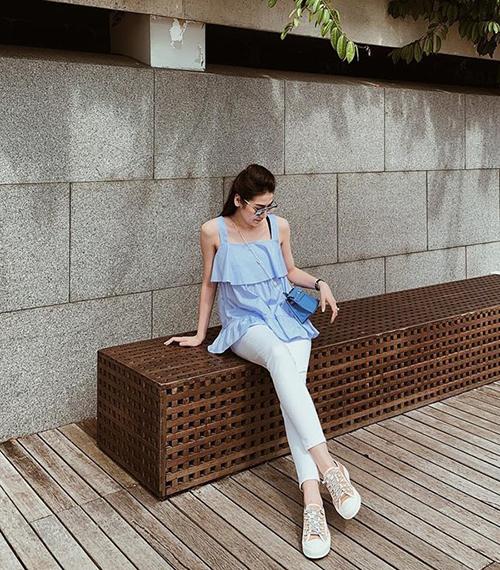 Street style mát mẻ đậm chất hè của sao Việt tuần qua - page 2 - 8