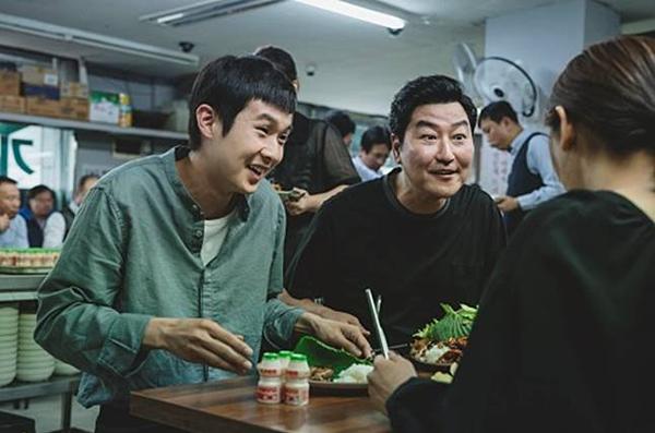 Sự thật đằng sau tên phim Ký sinh trùng của đạo diễn nổi tiếng Hàn Quốc Bong Joon Ho