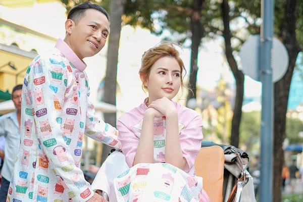 Thùy Tiên, sinh năm 1995 là con gái của diễn viên Hữu Tiến, sở hữu nhan sắc ưa nhìn với nét mặt trái xoan, đôi mắt tròn.\