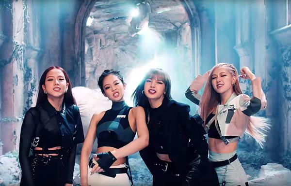 YG xếp vị trí thứ năm với tổng doanh số album là 369.429. Riêng Black Pink tẩu tán được 277.334 bản, dẫn đầu nghệ sĩ YG. Những vị trí còn lại thuộc về iKON, Bobby, Winner, Jennie, Song Mino.
