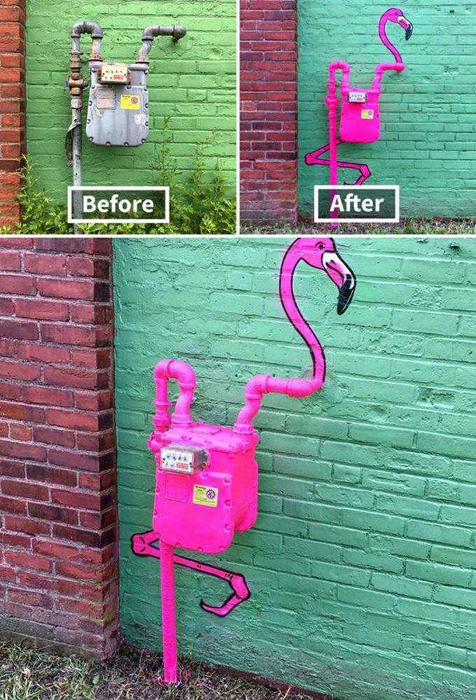 <p> Từ chiếc đồng hồ đo nước rỉ sét xấu xí, người nghệ sĩ tài ba hô biến thành chú chim hồng hạc hồng tươi nổi bật trên bức tường xanh độc đáo.</p>