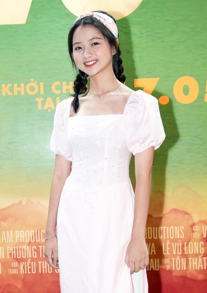 """<p> Trong phim """"Vợ ba"""", Thanh Mỹ đóng vai phụ - con gái của người vợ lẽ. Cô bé gây ấn tượng với lối diễn xuất chân thật, dễ thương.</p>"""