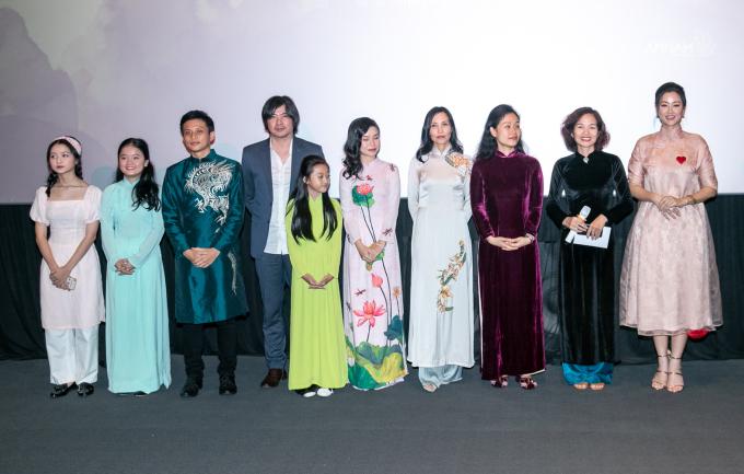 """<p> Phim từng giành 8 giải thưởng quốc tế trong đó có """"Phim châu Á xuất sắc nhất"""" tại LHP quốc tế Toronto (Canada), 2018; """"Phim truyện xuất sắc nhất"""" tại LHP quốc tế Kolkata (Ấn Độ). Tác phẩm từng được chiếu ở Tây Ban Nha, Đài Loan, Anh, Canada, Hàn Quốc, Nhất, Úc, Singapore...</p>"""