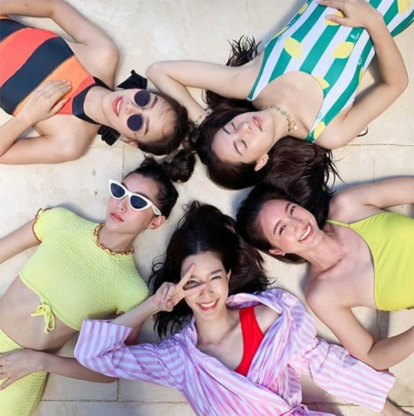 Hội bạn thân đình đám nhất Thái Lan gồm Bella Campen, Monchanok, Bua, Preem,Preaw