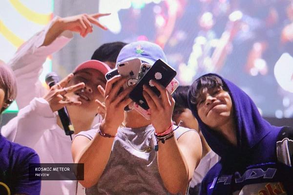 Tối 14/5, iKON vẫn xuất hiện và biểu diễn như lịch trình ban đầu. Nhóm sẽ tiếp tục diễn đêm thứ hai tại lễ hội của trường Myongji vào tối nay.