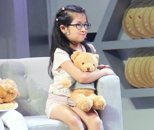 Bé Cát - con gái của Huy Khánh và Mạc Anh Thư.