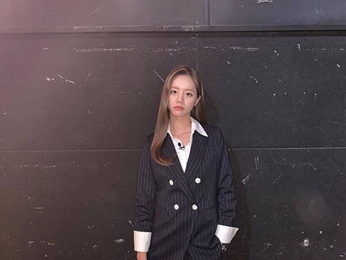 Hyerin (Girls Day) thử nghiệm phong cách nam tính, hóa thân thành oppa.