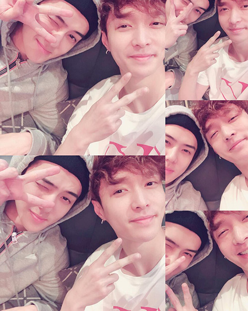 Các fan của EXO mừng rỡ khi thấy Lay tạo dáng cùng Se Hun.