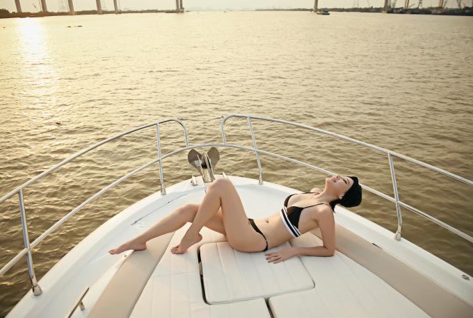 <p> Cựu người mẫu đang kinh doanh spa và ấp ủ thực hiện một vài dự án phim ảnh.</p>