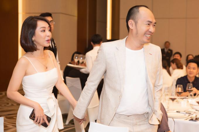 <p> Vợ chồng Thu Trang - Tiến Luật.</p>