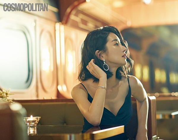 Shin Min Ah luôn là người mẫu yêu thích của các thương hiệu thời trang.