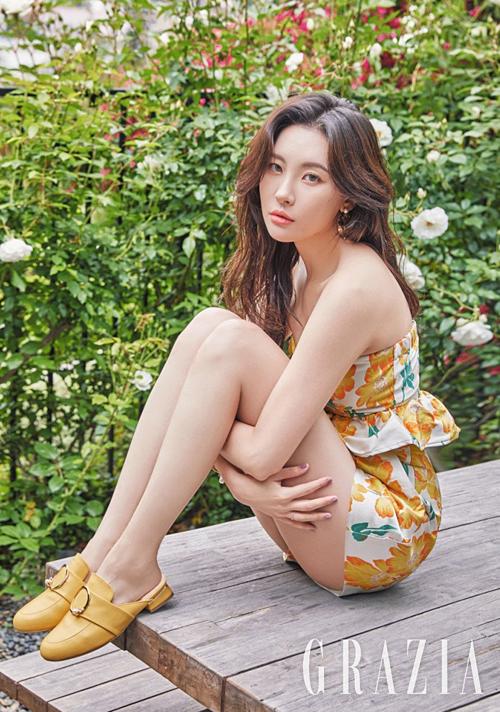Sun Mi là gương mặt quen thuộctrên các tạp chí thời trang Hàn Quốc.