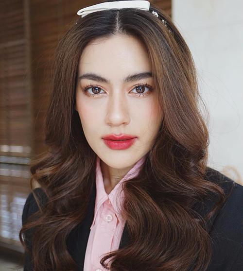 6 mỹ nhân Thái có cách trang điểm đẹp thần sầu - 1