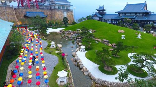 Khu vườn Nhật với vô số góc check in như ở xứ Phù Tang...