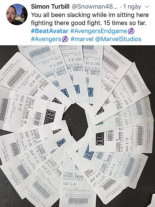 Một fan hâm mộ đã ủng hộ bằng cách xem phim ngoài rạp...15 lần.