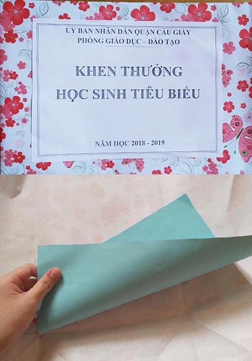Phần thưởng học sinh tiêu biểu trao tặng cho học sinh ngày 21/5. Ảnh: NVCC
