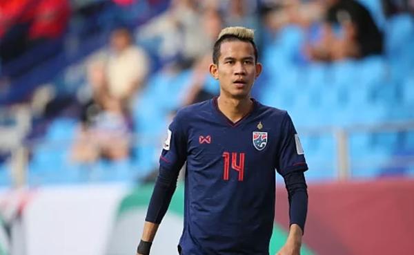 Sanrawat có tên trong danh sách 35 cầu thủ Thái Lan dự Kings Cup.