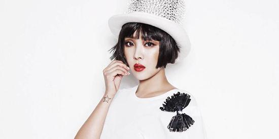 Năm 2016, Narsha tuyên bố kết hôn với một doanh nhân cùng tuổi. Các fan vẫn đang chờ đợi màn comeback của nhóm nhạc tài năng Brow Eyed Girls.