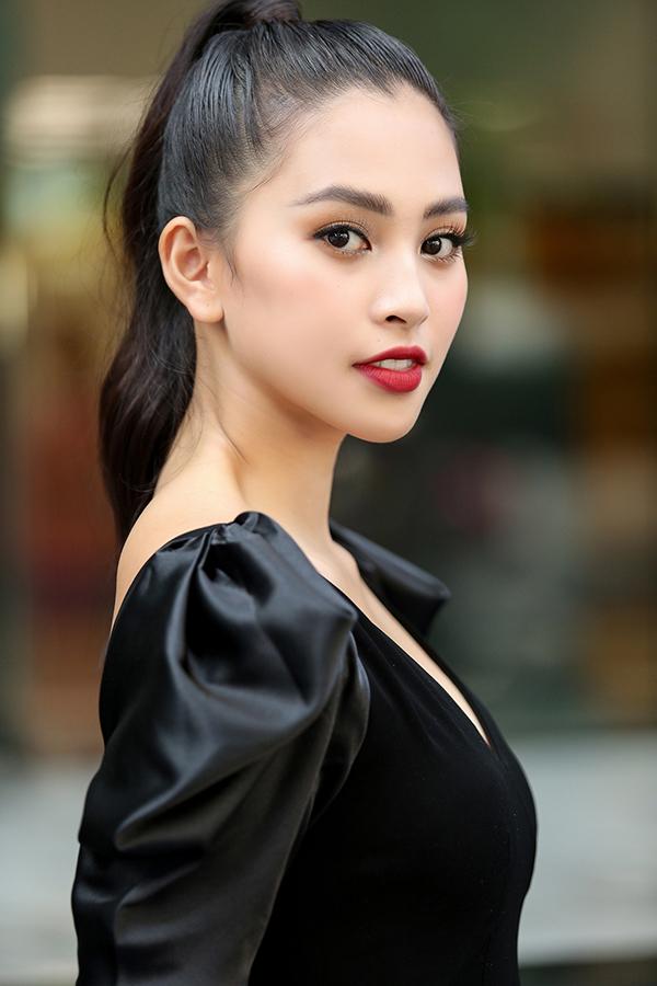 <p> Với kinh nghiệm trên các đấu trường sắc đẹp như Hoa hậu Việt Nam 2018, Miss World Việt Nam 2018, Hoa hậu 10x đang rất tự tin vào bản thân.</p>