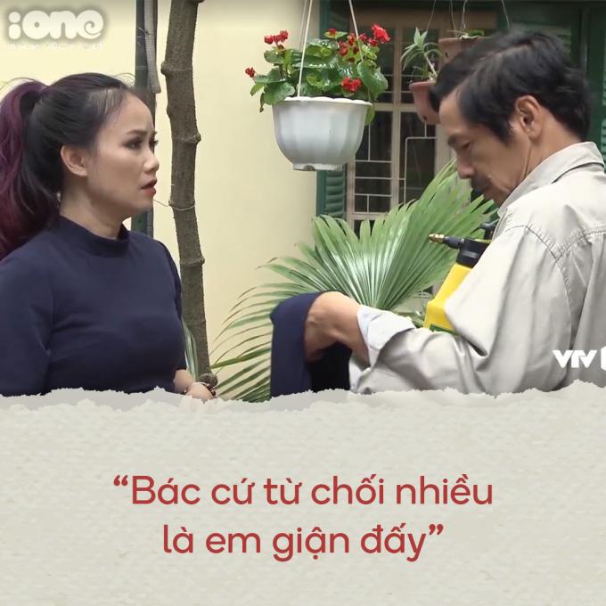 <p> Câu nói của Xuyến khi ông Sơn kiên quyết không nhận chiếc khăn len do mình mua.</p>
