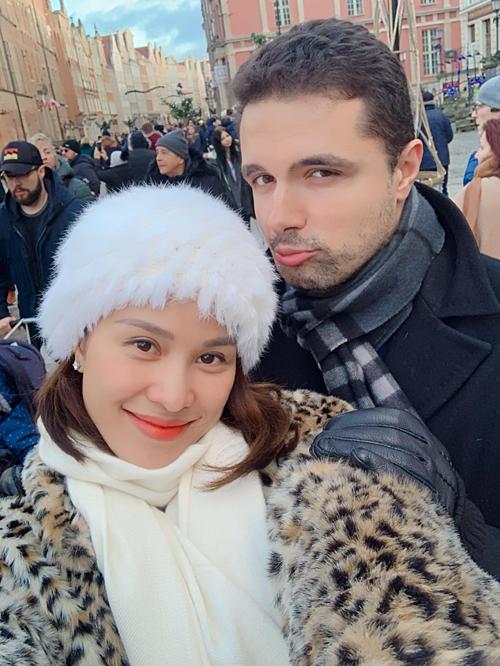 Phương Mai và bạn trai.