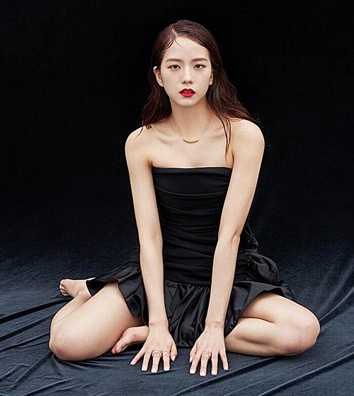 Loạt ảnh chứng minh Ji Soo cân được mọi concept - 1
