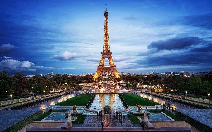 """<p> <strong>KIM NGƯU - Paris, Pháp</strong></p> <p> Kim Ngưu là cung hoàng đạo thích ăn ngon mặc đẹp, sành ăn và coi trọng sự tiện nghi, xa hoa. Do vậy, một địa điểm du lịch vừa nổi tiếng về ẩm thực lại có nhiều địa danh du lịch sang chảnh để check-in như """"kinh đô ánh sáng"""" Paris sẽ là sự lựa chọn hoàn hảo nhất cho các chú Bò vàng ham ăn, lười vận động.</p>"""