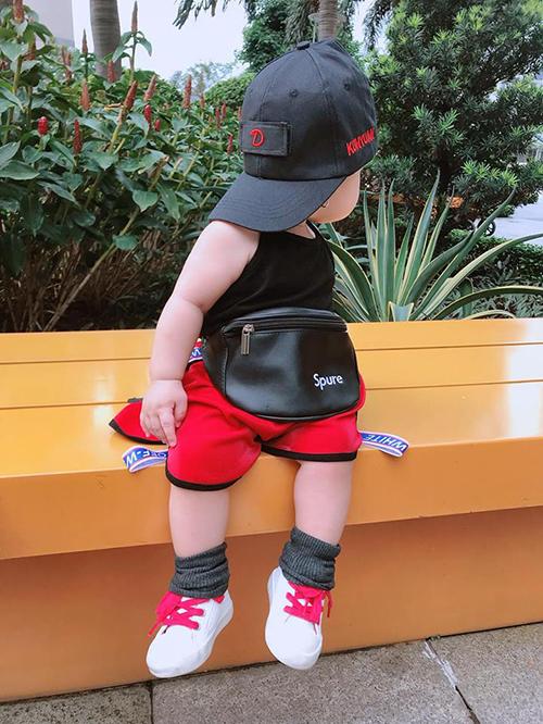 Nhiều người dự đoán cô nhóc sẽ sớm trở thành fashionista trong tương lai.