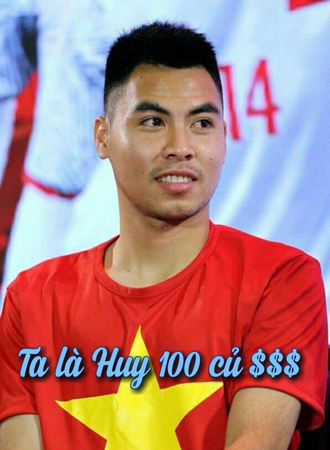 <p> Với việc ghi bàn thắng đầu tiên cho Việt Nam tại chung kết, cầu thủ Đức Huy được nhận phần thưởng 100 triệu đồng từ nhà tài trợ.</p>