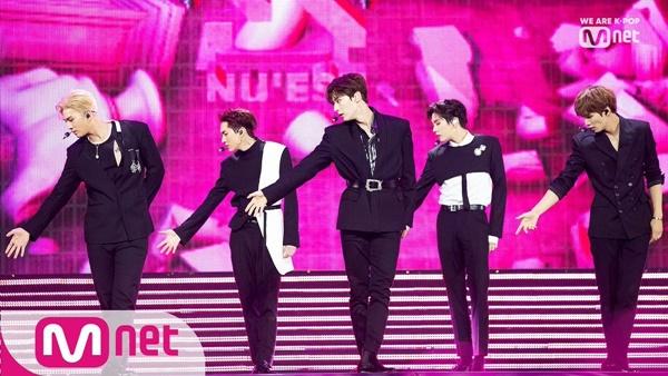 NUEST xếp vị trí thứ 5 với 3.111.930 điểm, tụt 3 bậc so với tháng 5. Sau khi Hwang Min Hyun trở về từ Wanna One, NUEST ngày càng gặt hái được nhiều thành công, duy trì vị thế boygroup hàng đầu Kpop.