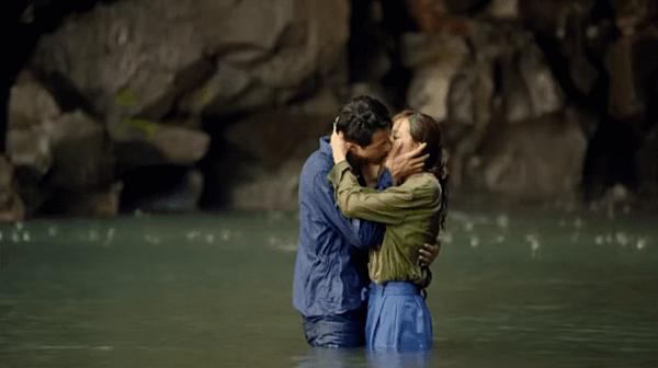 Với lối diễn xuất tự nhiên, Jo In Sung đã khiến cảnh hôn trở nên chân thực hơn bao giờ hết. Đặc biệt là cảnh hôn ở thác nước cùng Gong Hyo Jin trong It's Okay That's Love là một trong những cảnh hôn đáng nhớ của Jo In Sung.
