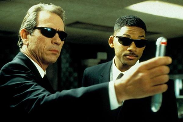 Lý do để Men In Black trở thành thương hiệu phim nổi tiếng thế giới - 2