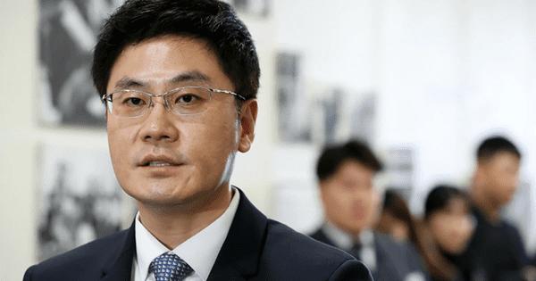 Em trai Yang Hyun Suk, CEO Yang Min Suk, cũng từ chức, rời khỏi YG Entertainment.