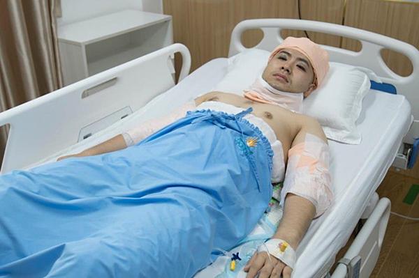 Akira Phan sau phẫu thuật.
