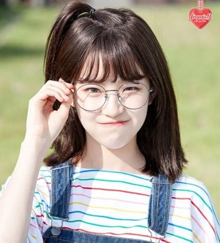 Độ tuổi debut trẻ ngỡ ngàng của loạt idol Hàn này là khi nào? - 8