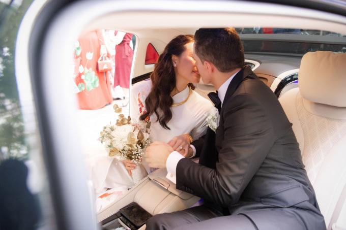 <p> Tiệc cưới của Phương Mai và ông xã Marcin sẽ diễn ra tại một khách sạn 5 sao ở Hà Nội vào chiều cùng ngày.</p>
