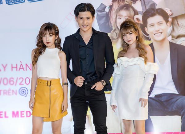 Hot girl của bộ ba sát thủ sẽ hợp tác cùng Bùi Khánh Hà (trái) - nữ chính MV Em có thể của Osad và Lâm Bảo Châu - chàng thị vệ điển trai trong MV Anh ơi ở lại của Chi Pu.