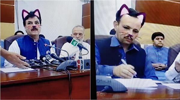Những hình ảnh chính trị gia trong buổi họp báo lan truyền chóng mặt.